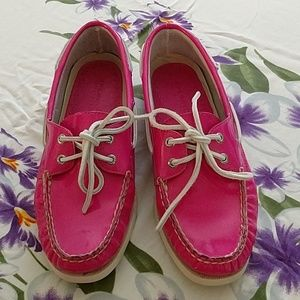 Sperry patent leather shoes